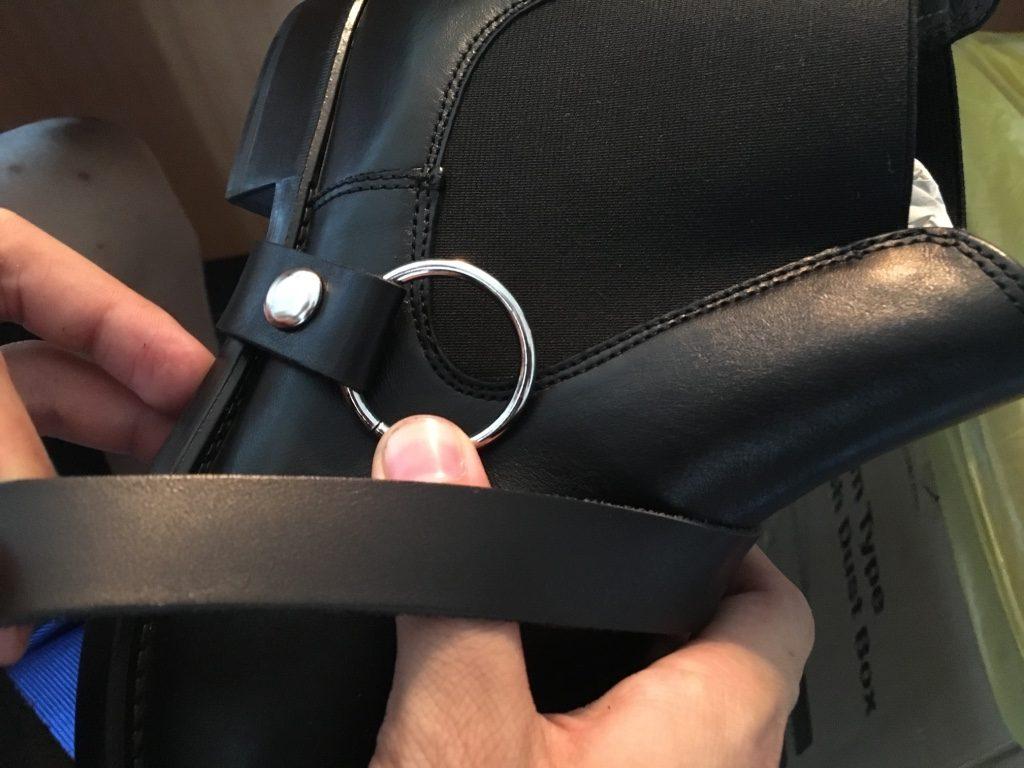 購入した靴を改造